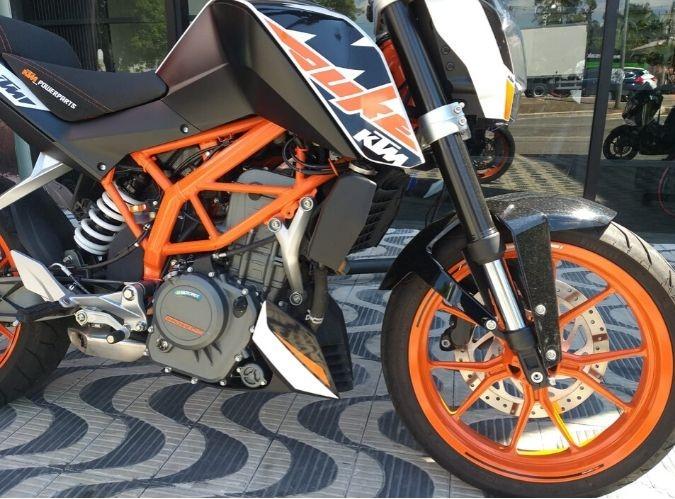 KTM DUKE 380